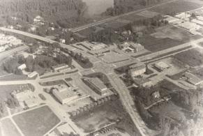 Mäntyharjun keskustaa 1960-luvulla. Kuva: Mäntyharjun museo.