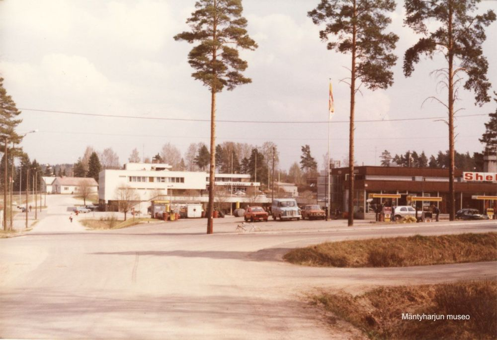 3207-mjun-keskustaa-kunnan-virastotalo