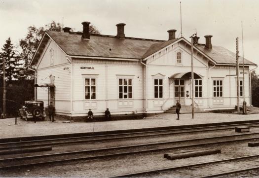 Mäntyharjun rautaieasema 1930-luvulla. Kuva: Mäntyharjun museo.