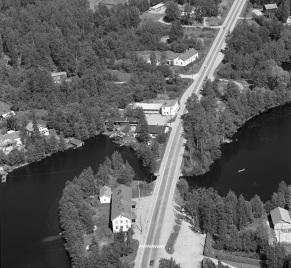 Mäntyharjun kirkonkylä 1960-1970-luvun taitteessa. Kuva: Mäntyharjun kunta.