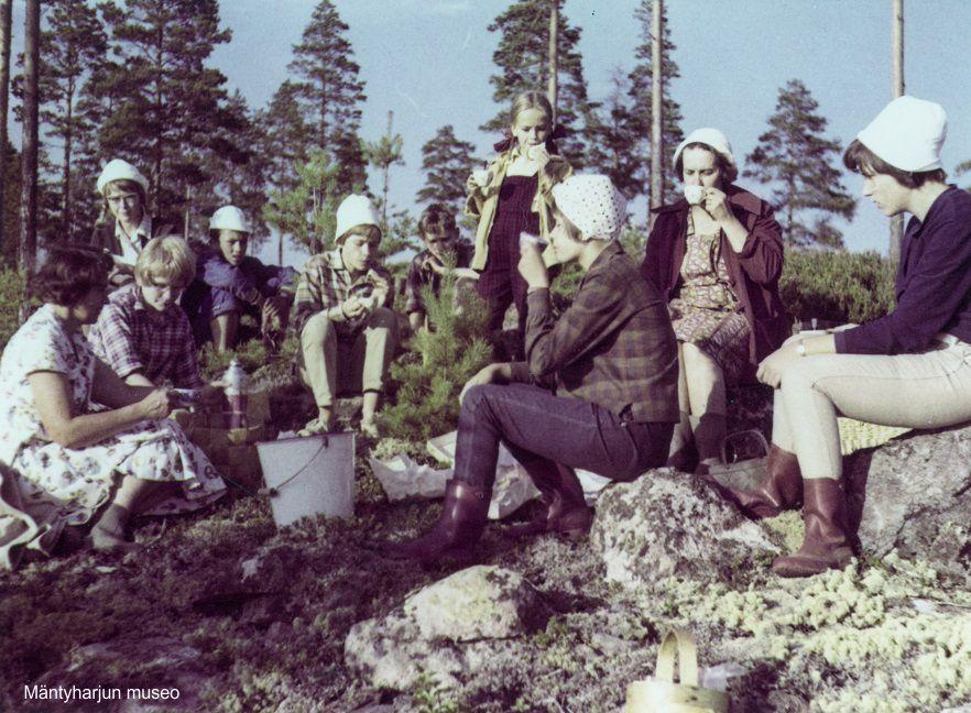 1963-marjaretken-kahvitauko-3