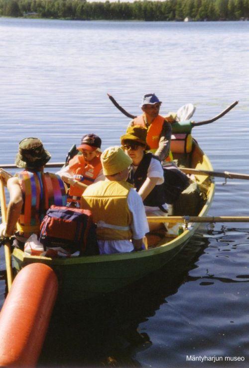 1995-retki-alkaa-paamaarana-herajarven-mantysaari-lapset-paasivat-mukaan