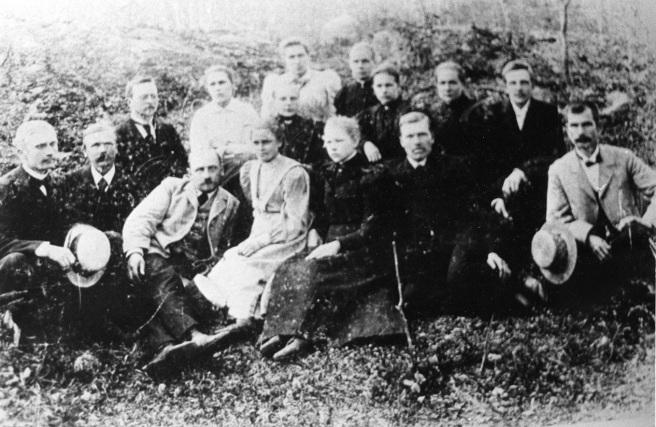 Mäntyharjun sekakuoro 1900-luvun alussa. Kuva: Mäntyharjun museo.