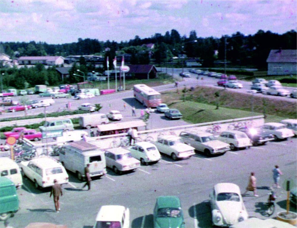 Markkinat kunnantalolla 60-luvulla